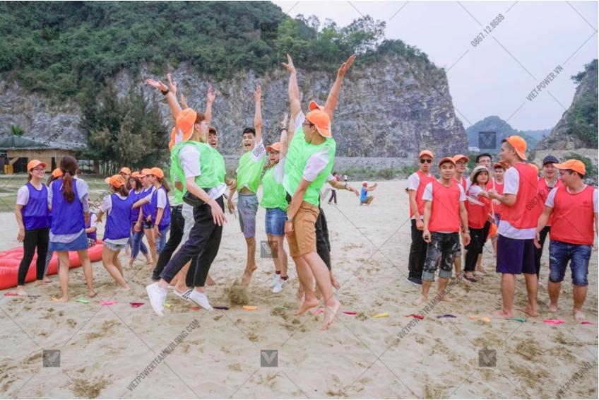 chương trình teambuilding bãi biển