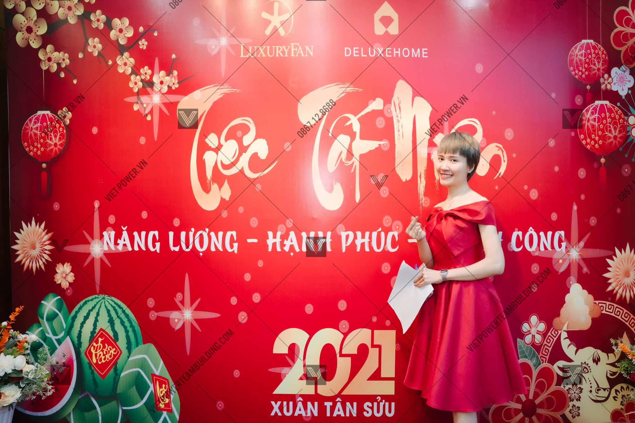 kịch bản tổ chức year end party 5