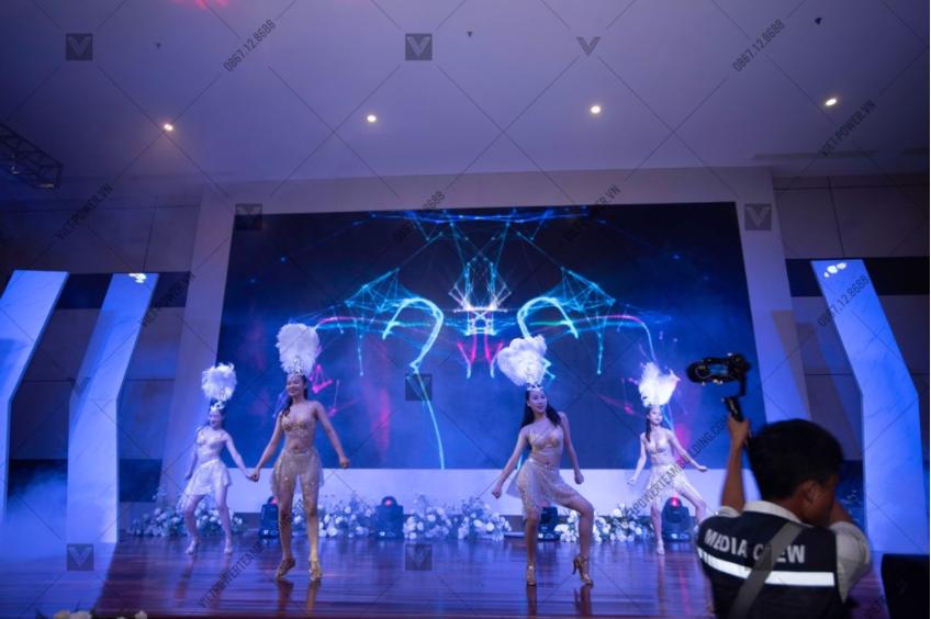 sân khấu tổ chức sự kiện 2
