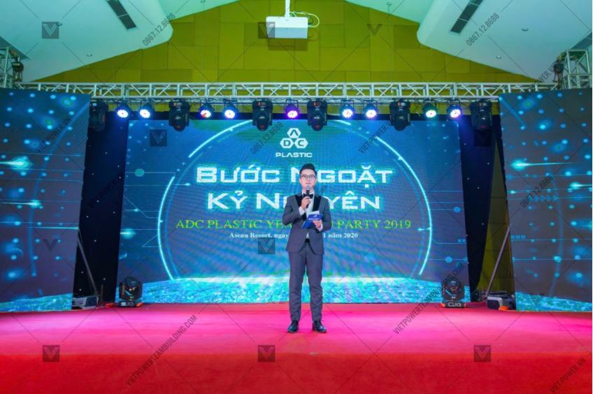 sân khấu tổ chức sự kiện