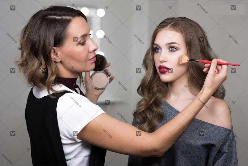 Công việc của nhân sự makeup