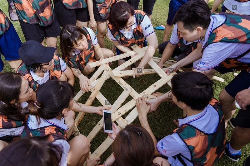 Tổ chức teambuilding tại công viên yên sở