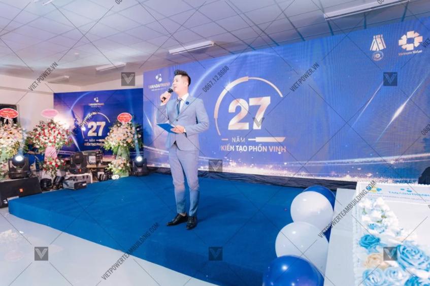 Backdrop kỷ niệm thành lập công ty 18